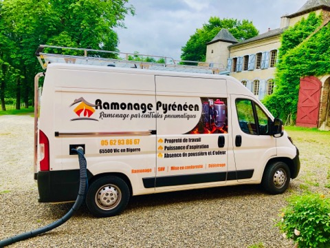 Chauffage-pyreneen-Camion-debistage